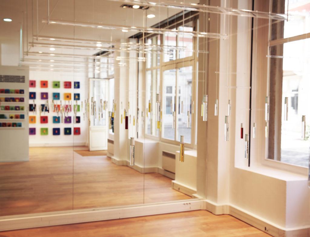 Entrez dans l'ère de l'histoire du parfum 3.0 avec les ateliers Sillages Parsi