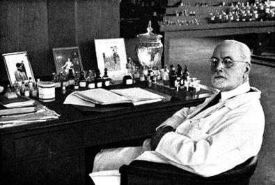 Jacques Guerlain, neveu d'Aimé Guerlain au tournant de la synthèse dans l'histoire du parfum
