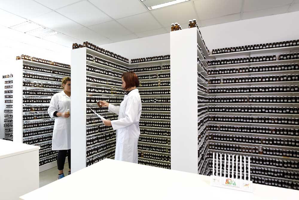 Laboratoire de fabrication de parfum Fabiani